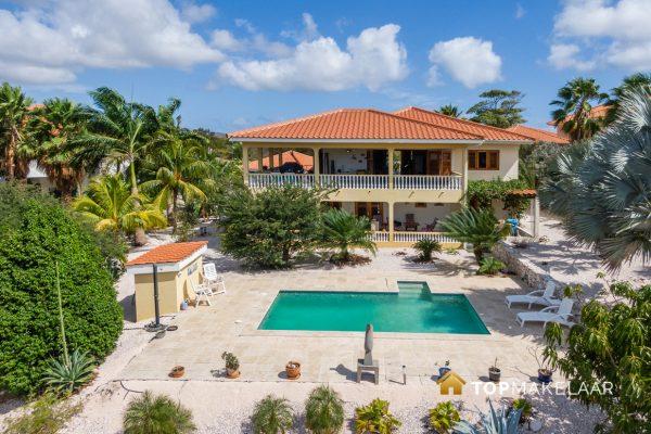 Luxe villa met geweldige view – Blue Bay