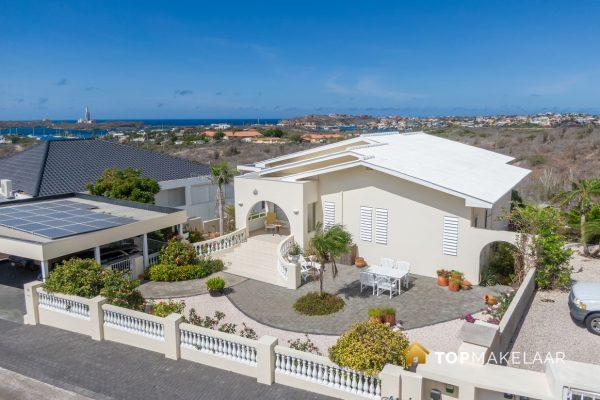 Villa met geweldig uitzicht – Jan Sofat